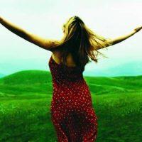 87% das pessoas que se submeteram a algum tipo de cirurgia plástica sentiram-se mais felizes