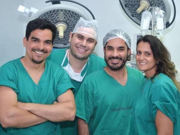 Dia de cirurgia Hidrolipo + lipoescultura de gluteos + mastopexia com protese